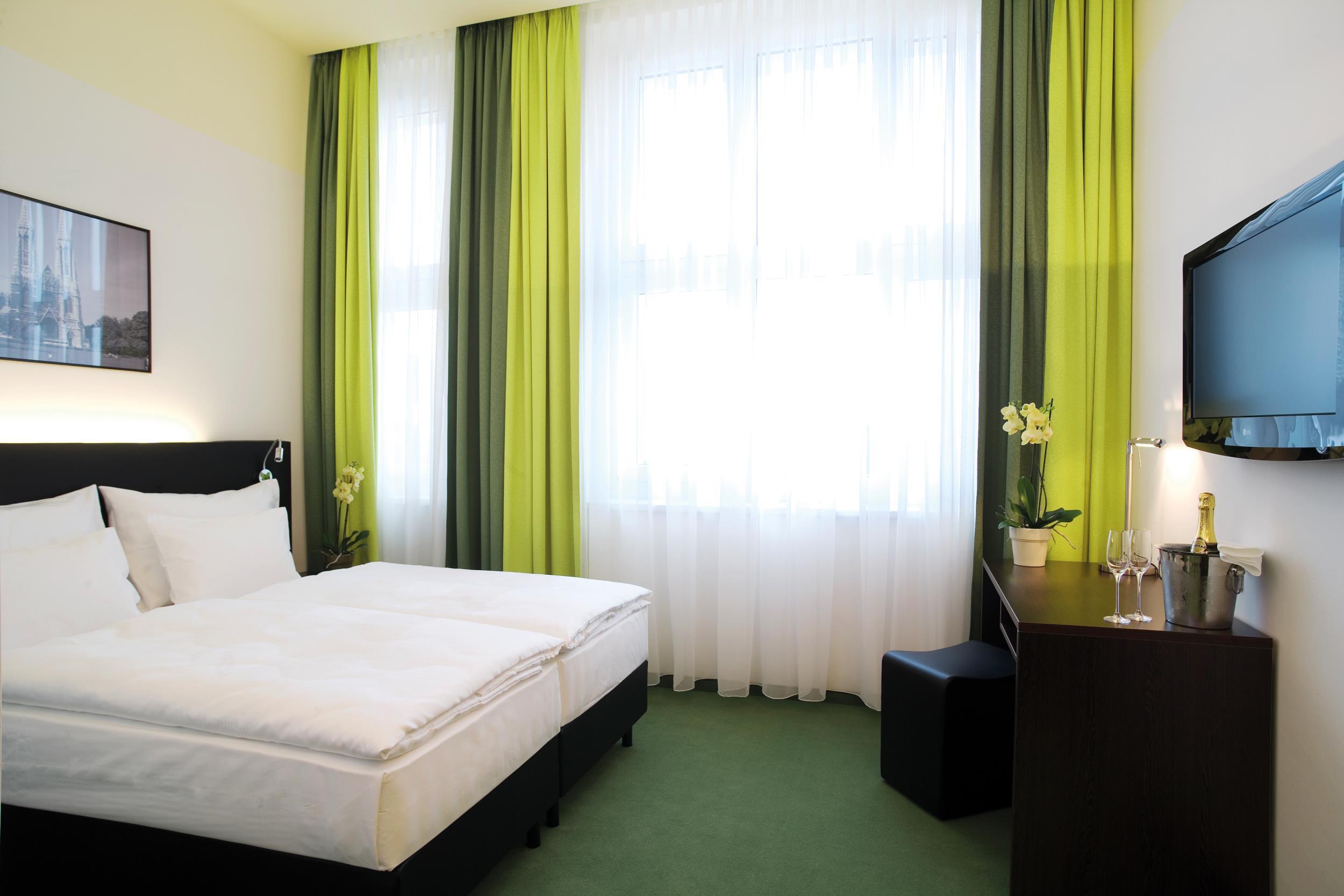 Rainers-Hotel_Zimmer